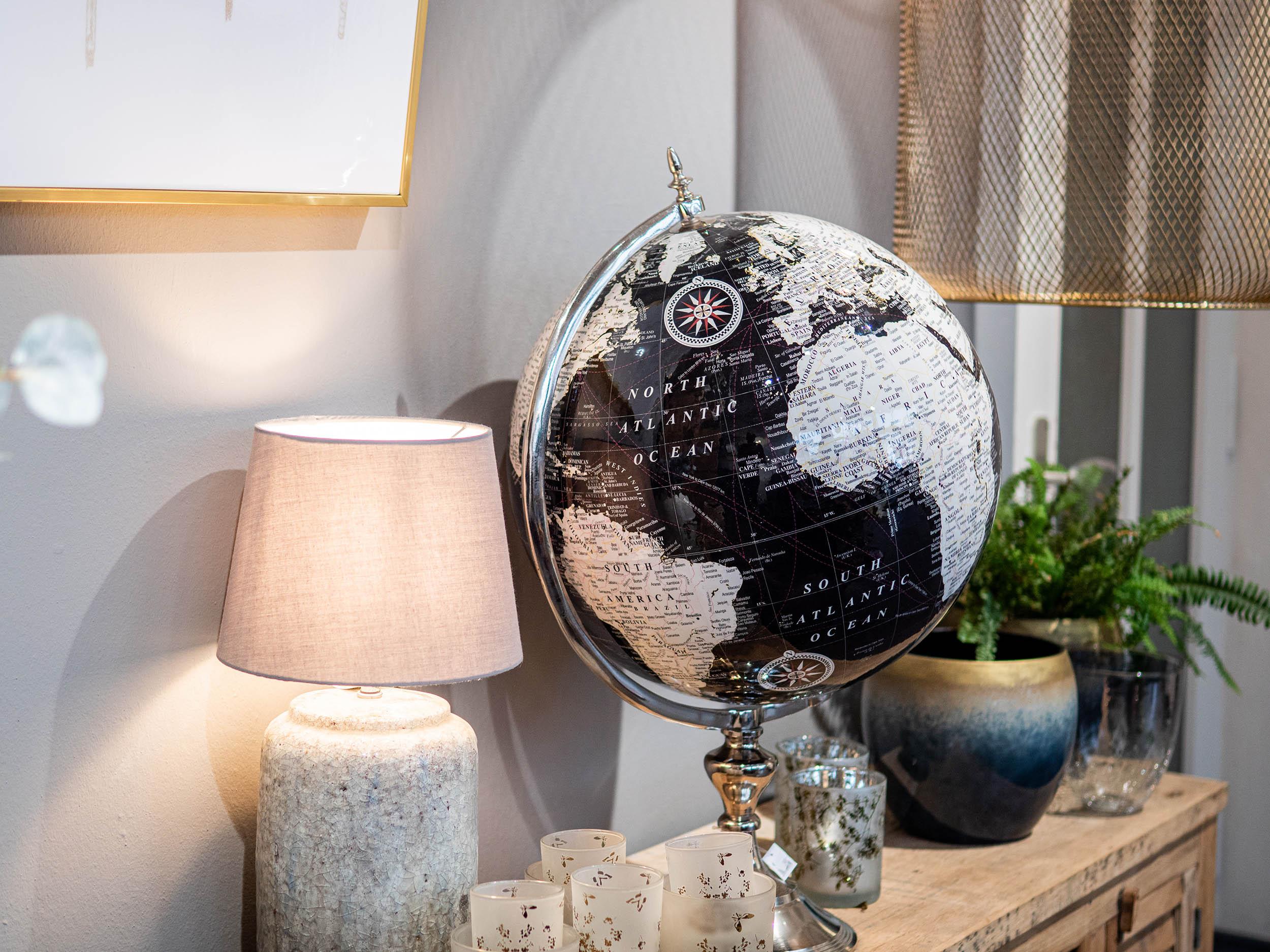 Globus im Haus schöner Dinge